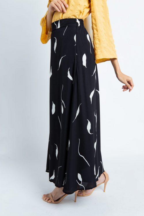 Black Leaf Print II Maxi Skirt