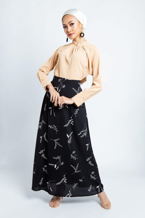 Black Tropical Print Maxi Skirt