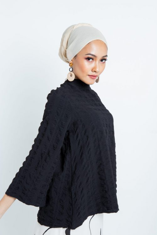 Black Wrinkled Comfy Blouse
